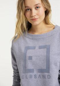 Elbsand FINNIA – lässiges Sweatshirt mit Boatneck in flieder. Grosser Logo flockprint, kastiger Schnitt und angenehm weiche Baumwolle.